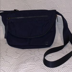 Lululemon New without tags navy festival bag